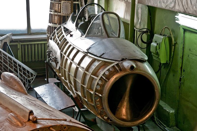 aircraft_laboratory 16