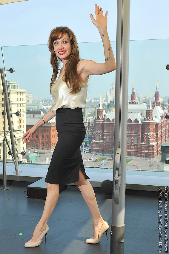 Angelina Jolie in Moscow 2 1