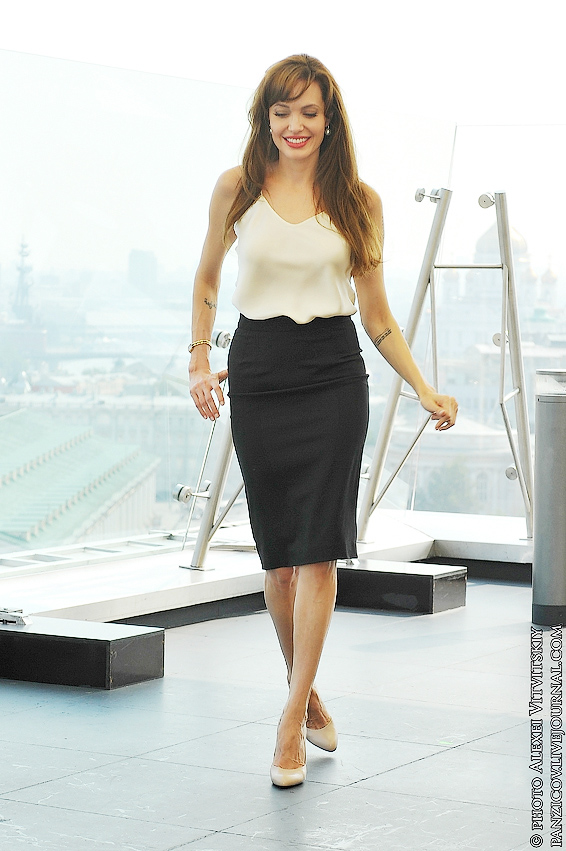 Angelina Jolie in Moscow 2 5