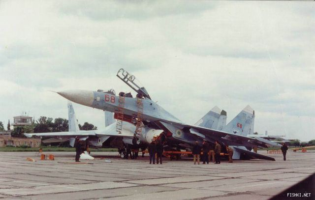 su 27 crashes another russian su 27