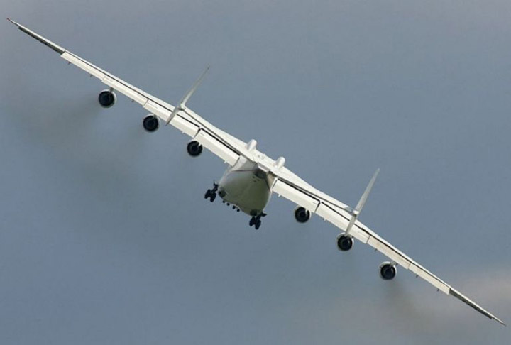 Antonov AN-225 the worlds heaviest and largest jet 5