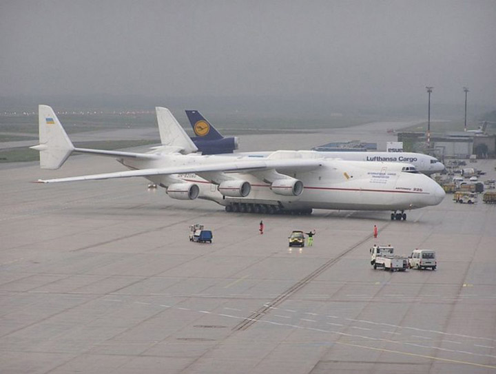 Antonov AN-225 the worlds heaviest and largest jet 6