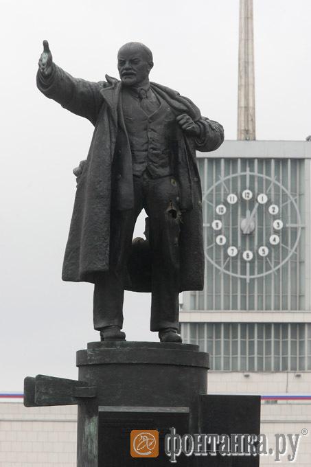 April day Lenin blown up prank 10