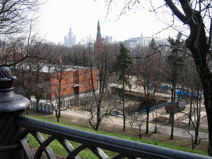 excavations took place near the walls of the Kremlin, Moscow 1