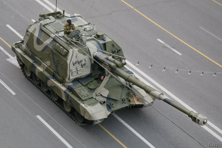Moscow invaded by Russian army 1