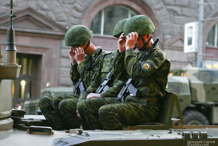 Moscow invaded by Russian army 19