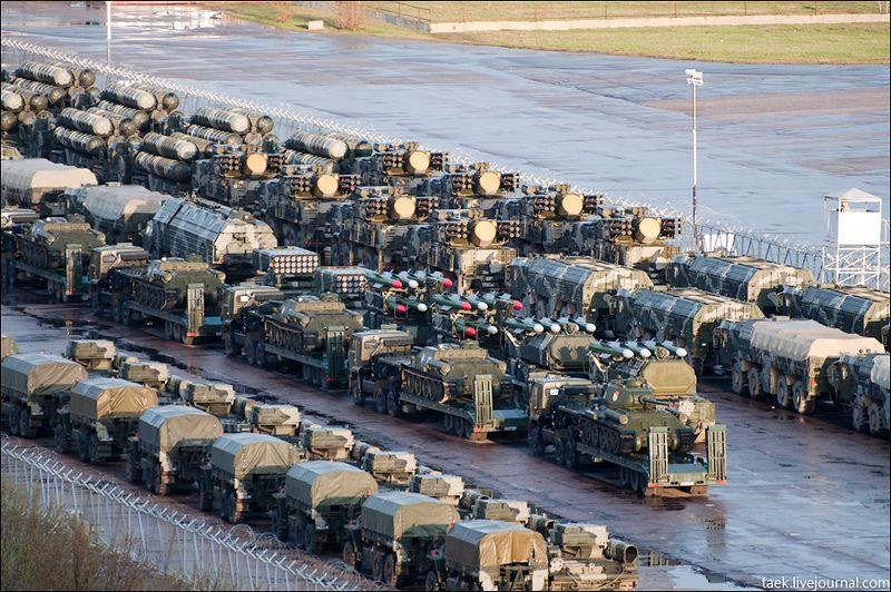 Army units near Moscow 8