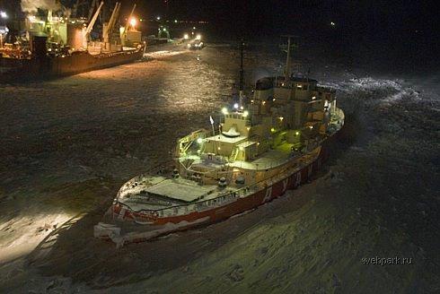 Russian nuclear-powdered icebreakers 36