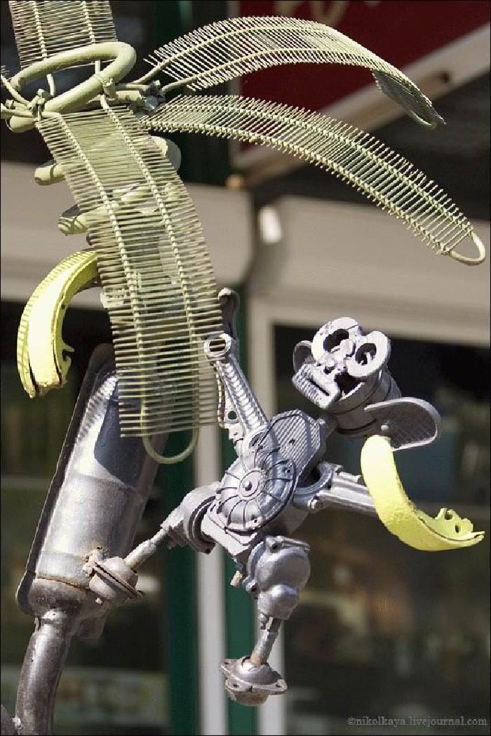 Russian auto parts sculptures 11
