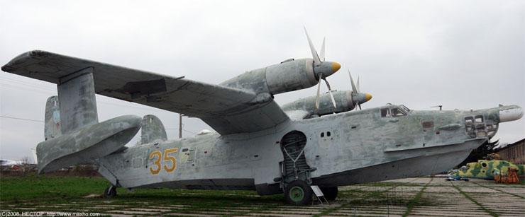 Russian aviation museum in Kiev 28