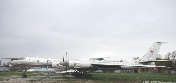Russian aviation museum in Kiev 32
