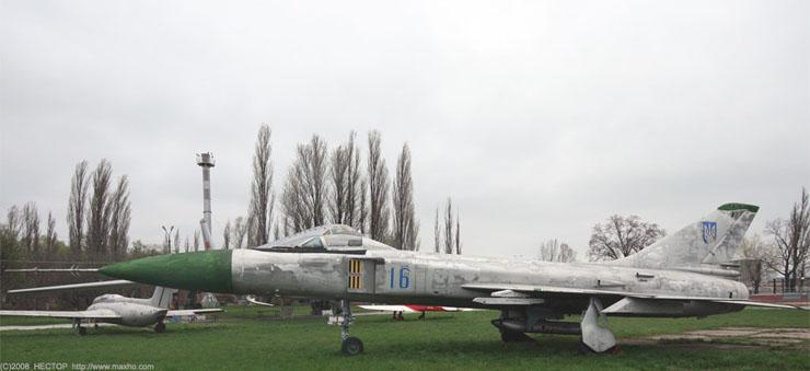 Russian aviation museum in Kiev 52
