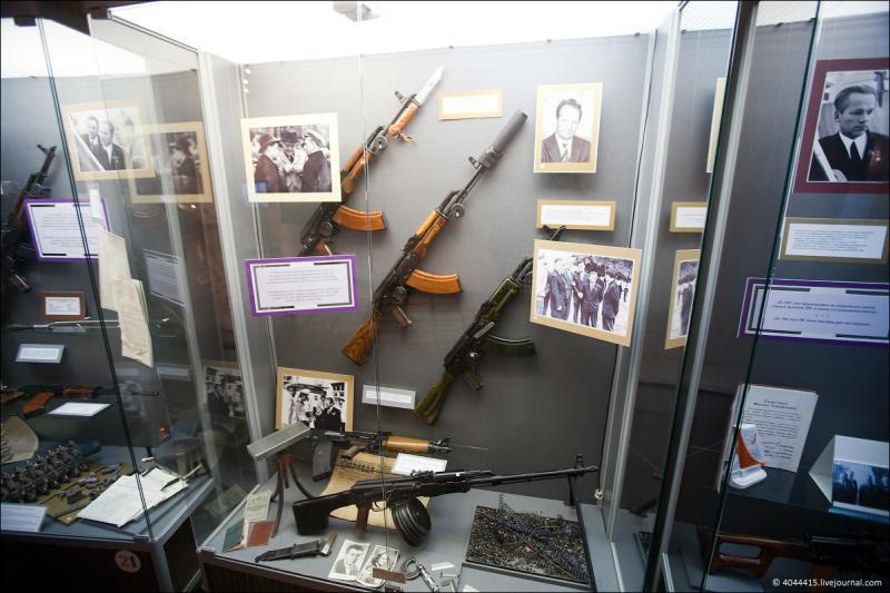 Back To The Kalashnikov Museum 5