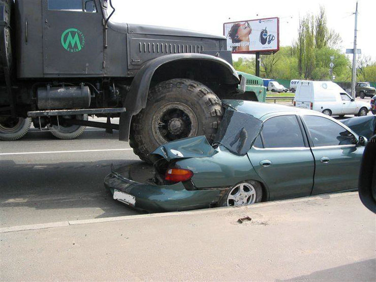 car wrongly parked in Russia 2