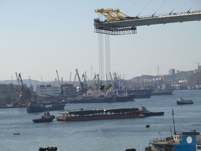 Barge Uplifting 1