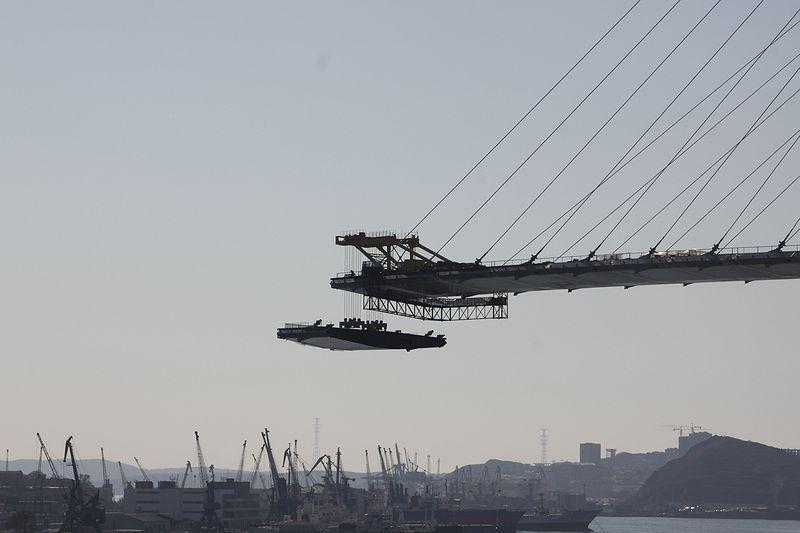 Barge Uplifting 14
