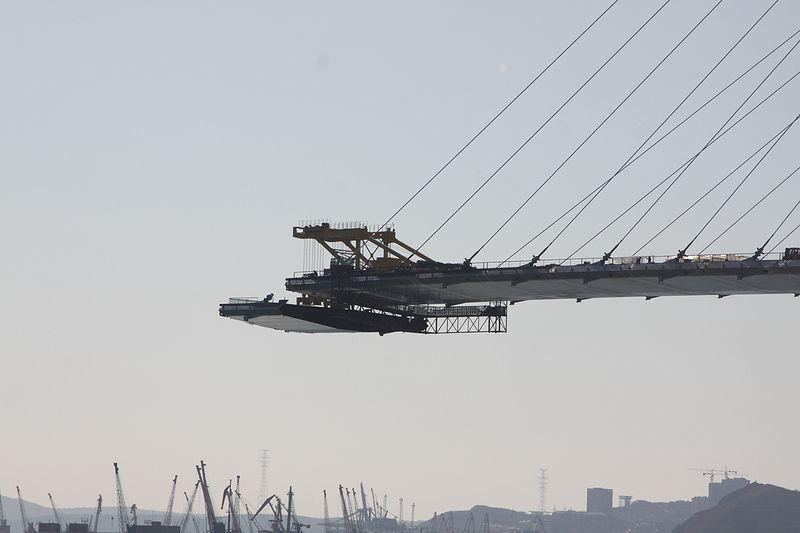 Barge Uplifting 15