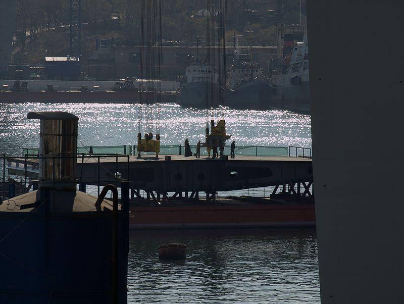Barge Uplifting 4
