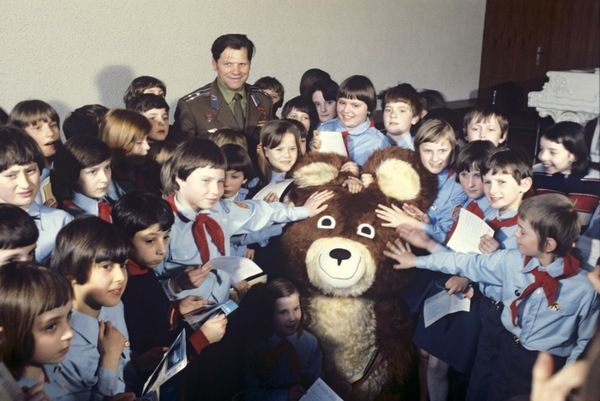 Bear Misha - The Olympic Mascot 1980 10
