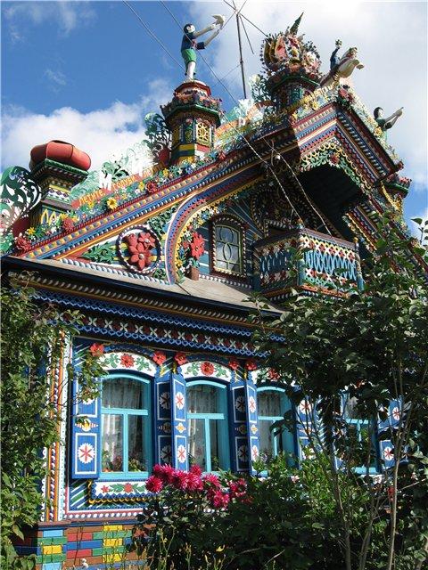 Russian blacksmith\'s house 7