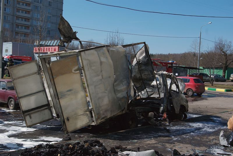 Russian lorry blown up 11