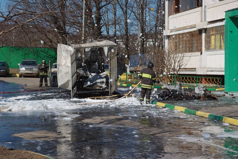 Russian lorry blown up 8
