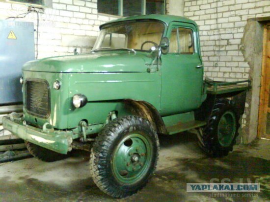 Russian Old Cars 12