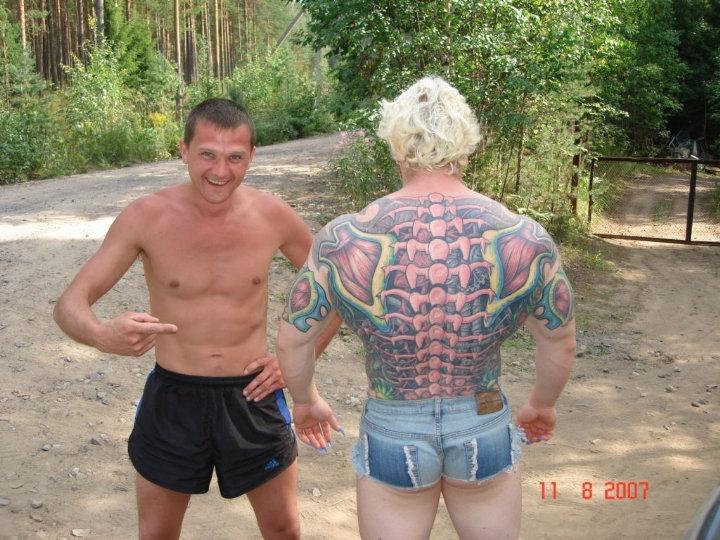 strange bodybuilder was spotted on the lake shore 1