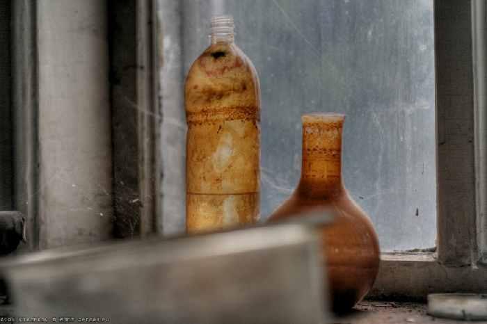 abandoned secret brain lab in Russia 14