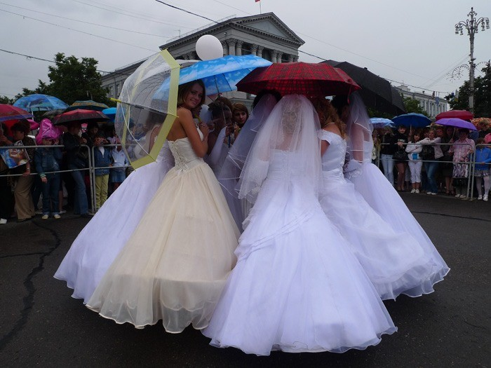 Russian brides on parade