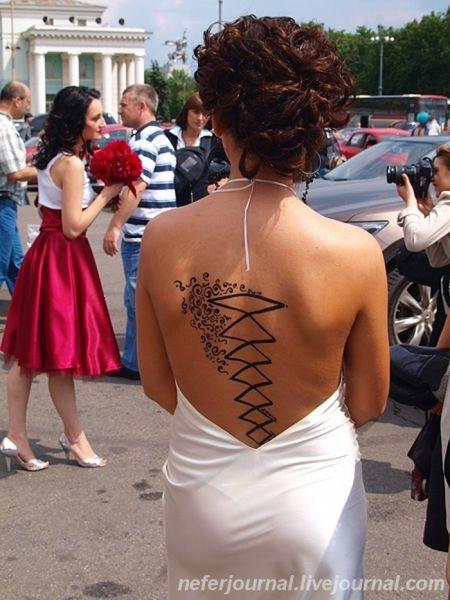Brides\' Parade 43