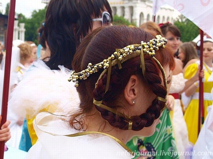 Brides\' Parade 5