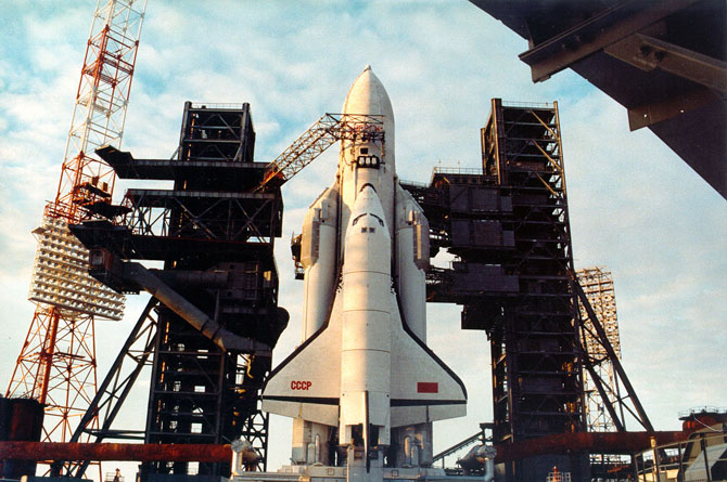 buran, the only one soviet space shuttle 32