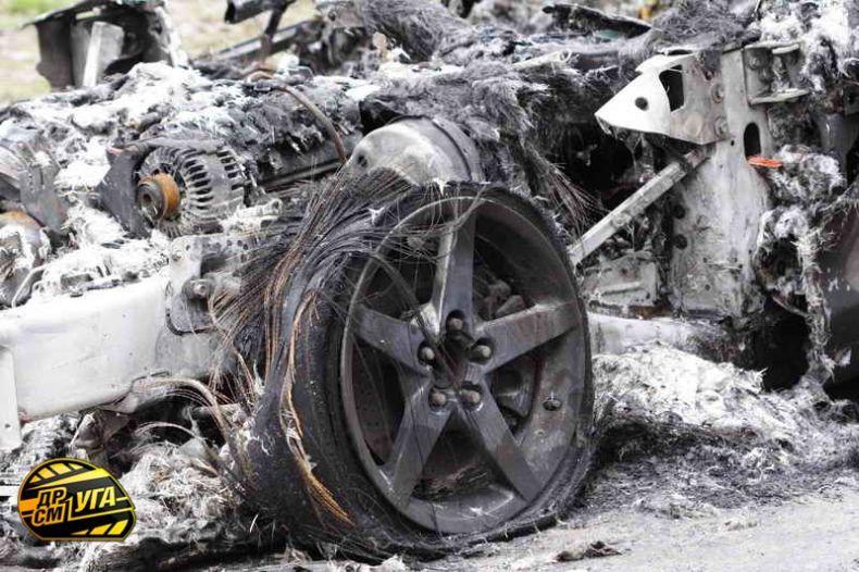 Corvette burned down in Ukraine, Russia 11