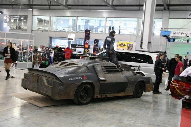 Chevrolet Camaro Mad Max style 5