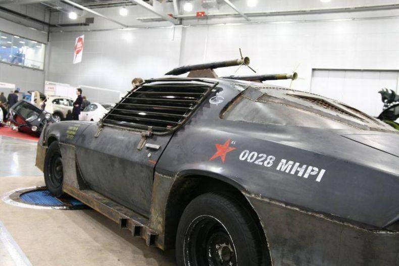 Chevrolet Camaro Mad Max style 6