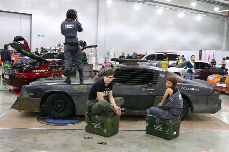 Chevrolet Camaro Mad Max style 11