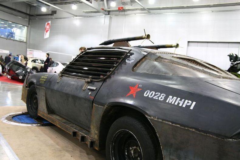 Chevrolet Camaro Mad Max style 16