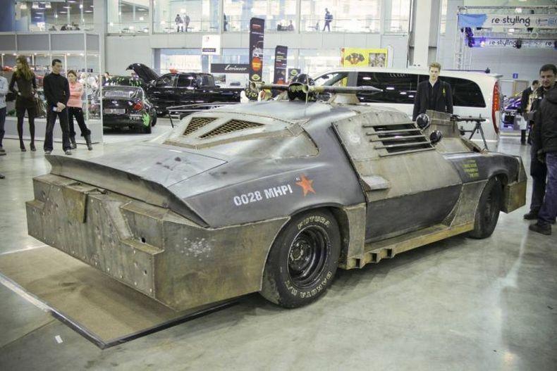 Chevrolet Camaro Mad Max style 20