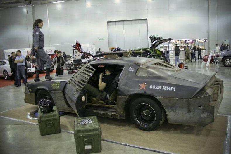 Chevrolet Camaro Mad Max style 25