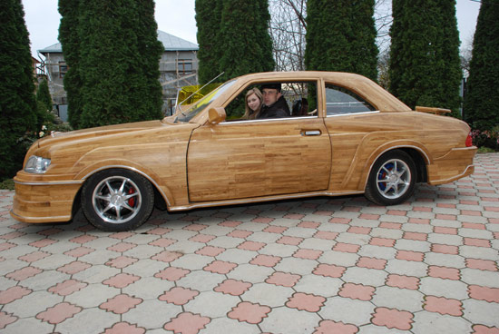 Russian car made of wood 2