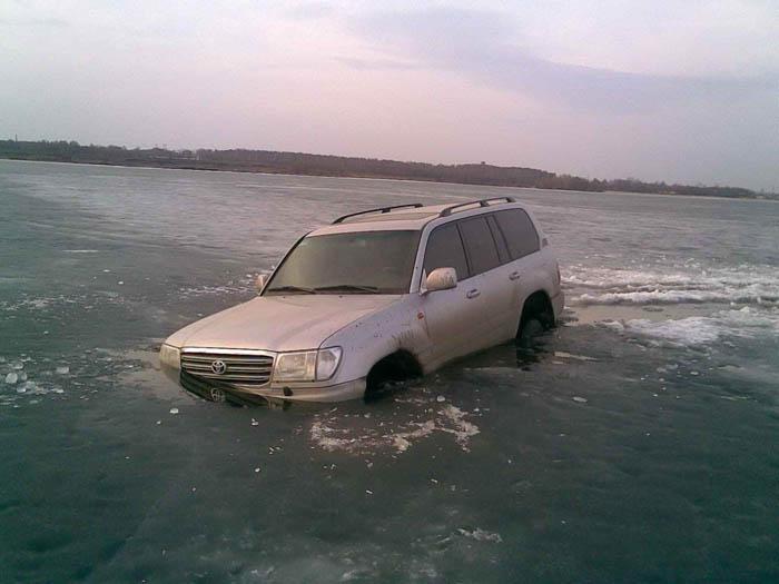 car under ice 2