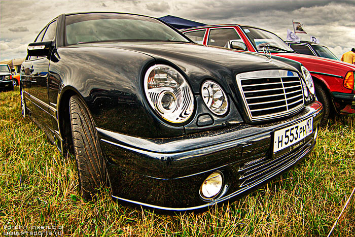 Russian car exhibition on HDR 30