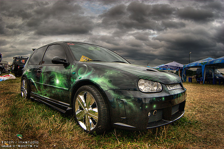 Russian car exhibition on HDR 8