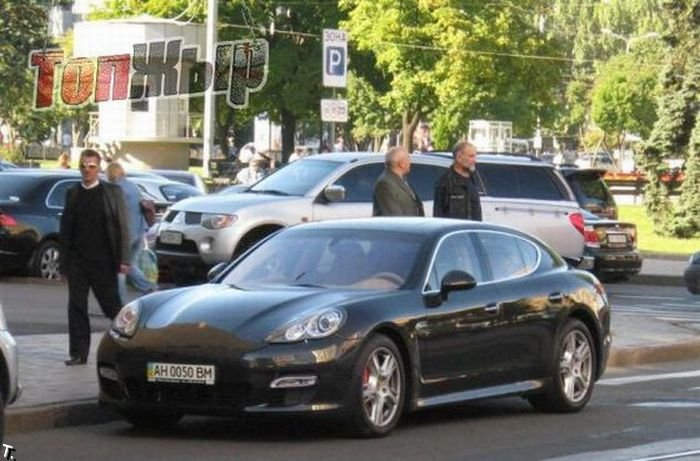 luxury cars in Kiev Ukraine 77