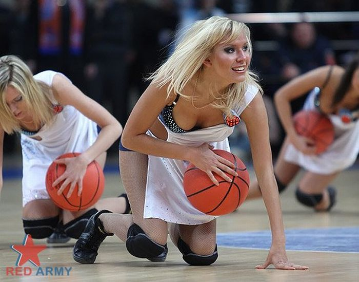 Russian Cheerleaders 42