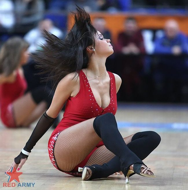 Russian Cheerleaders 62