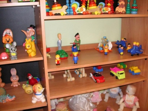 Saddam toys in Russian kindergaten 1
