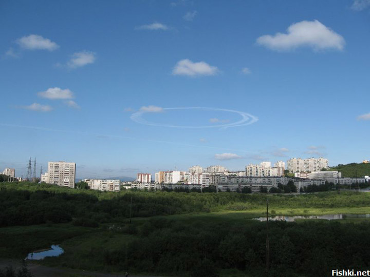 strange sky circles were spotted in Murmansk city 3