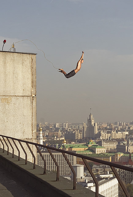 road jumping in the city in Russia 3